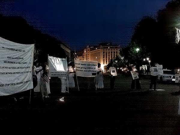 May 2011 Candle-light Vigil at White House Pic #17